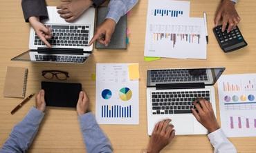 Comment présenter son entreprise à des collaborateurs ou à des clients ?